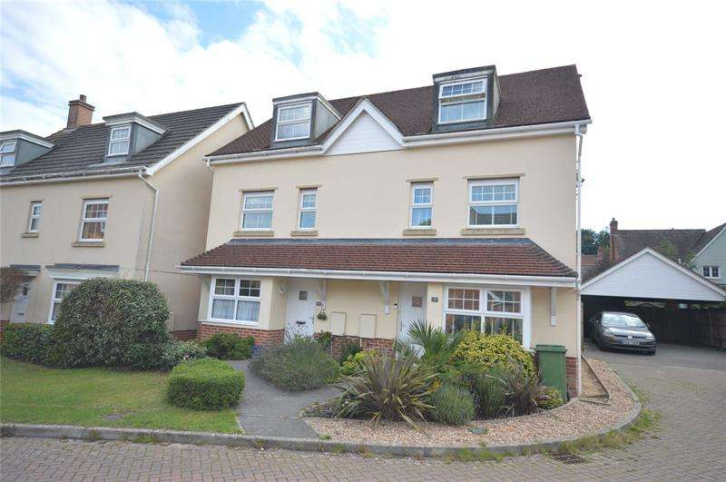 4 Bedrooms Semi Detached House for sale in Buckland Gardens, Lymington, Hampshire, SO41