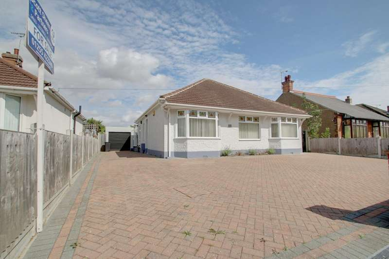 4 Bedrooms Detached Bungalow for sale in Coppins Road, Clacton-On-Sea