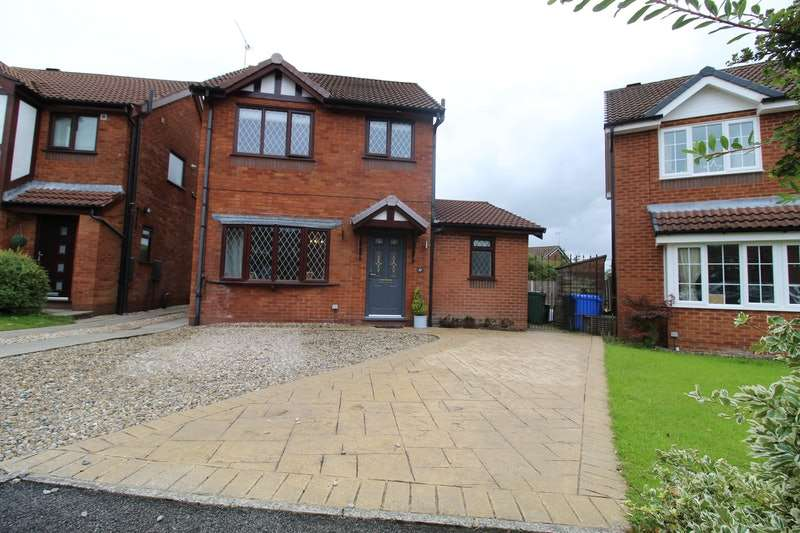 4 Bedrooms Detached House for sale in St. Edmund Hall Close, Bury, Greater Manchester, BL0