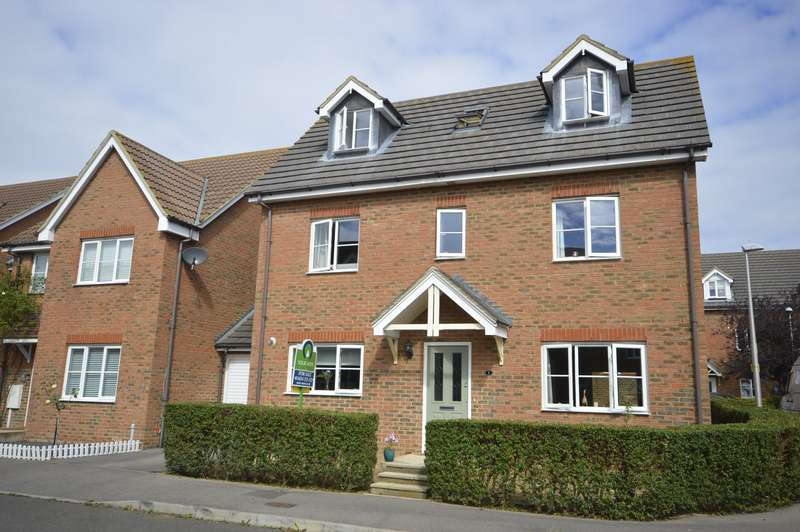 5 Bedrooms Link Detached House for sale in Shelduck Close, Allhallows, Rochester, Kent, ME3