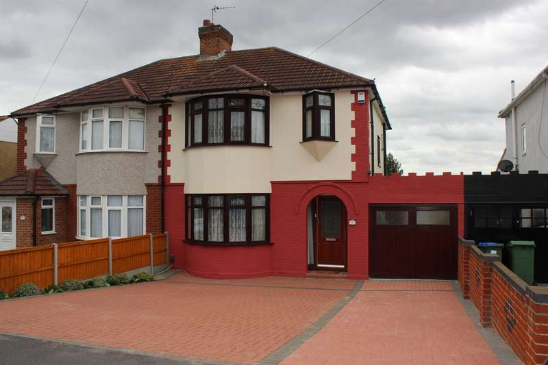 3 Bedrooms Semi Detached House for sale in Parsonage Manorway , Belvedere, Kent, DA17 6LN