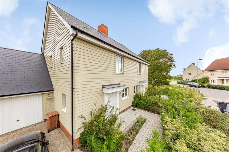 3 Bedrooms Semi Detached House for sale in William Porter Close, Springfield, Chelmsford, Essex, CM1