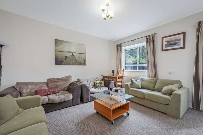 5 Bedrooms Flat for rent in Carpenter House, Brecknock Road, London N19