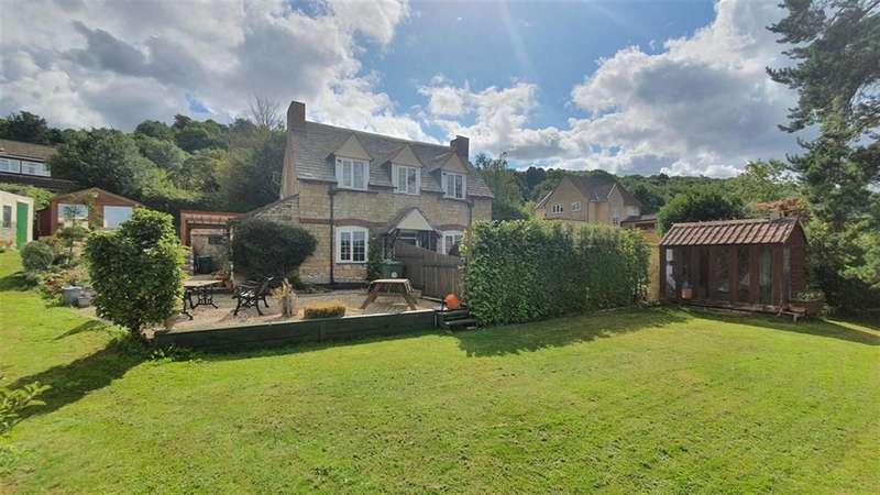 2 Bedrooms Detached House for sale in Warren Lodge, Warren Drive, Wotton Under Edge, Gloucestershire