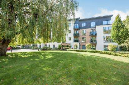 1 Bedroom Retirement Property for sale in Jenner Court, St. Georges Road, Cheltenham, Gloucestershire