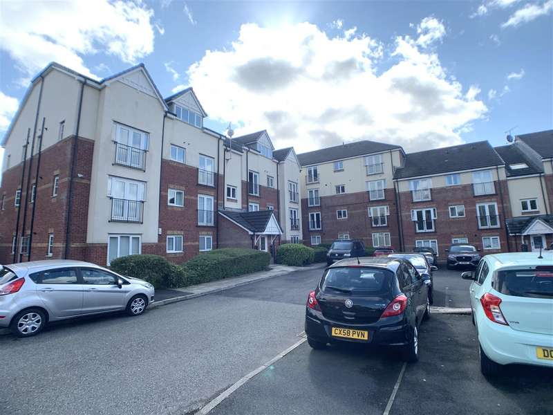 2 Bedrooms Flat for sale in Pinhigh Place, Salford, Manchester