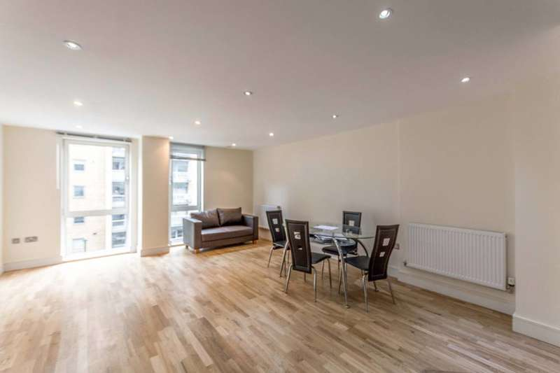 3 Bedrooms Flat for sale in Indescon Square, Canary Wharf, E14