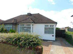 2 Bedrooms Bungalow for sale in Royston Road, Bearsted, Maidstone, Kent