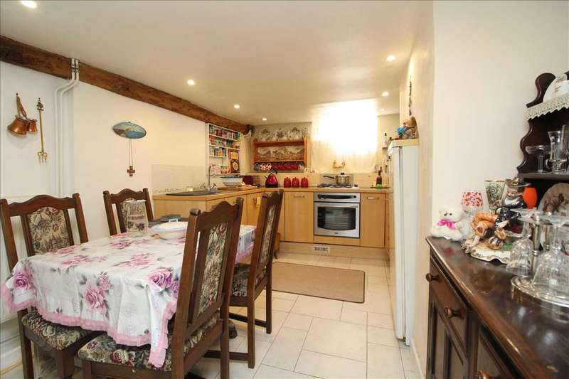 2 Bedrooms Terraced House for sale in Maidenburgh Street, Colchester, CO1