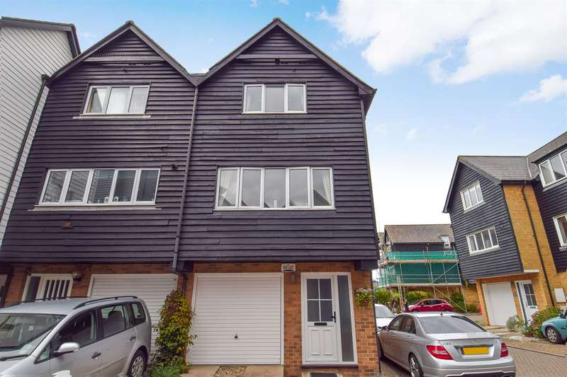 3 Bedrooms Semi Detached House for sale in Island Wall, Whitstable