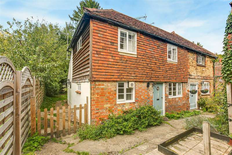 2 Bedrooms Semi Detached House for sale in High Street, Brasted, Westerham