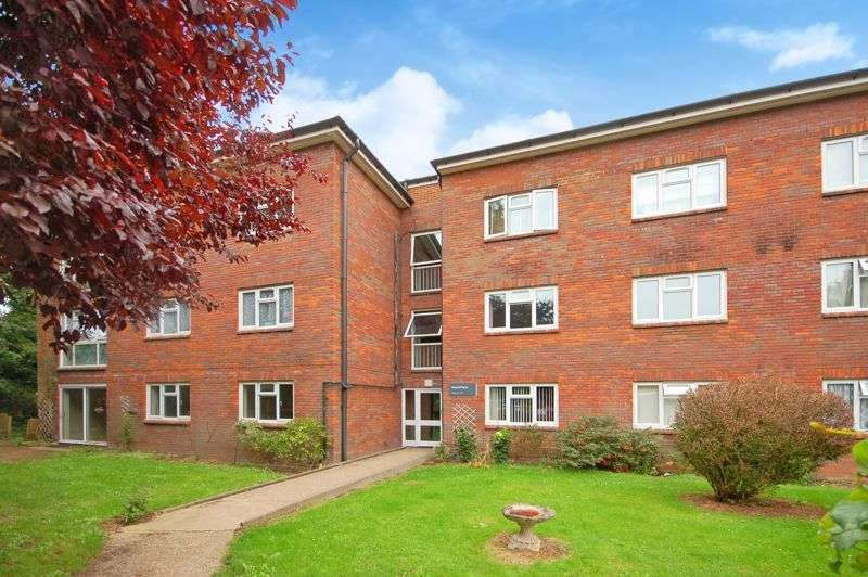 2 Bedrooms Property for sale in Berry Lane, Rickmansworth