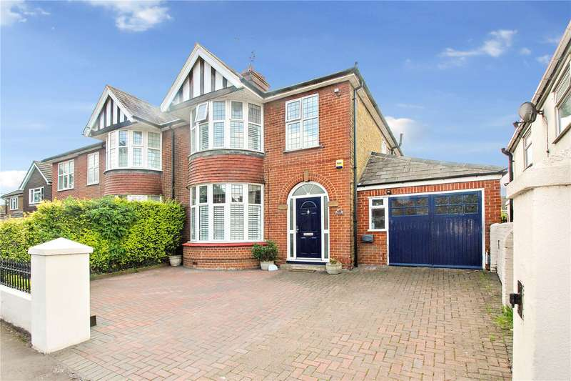 3 Bedrooms Semi Detached House for sale in Key Street, Sittingbourne, ME10