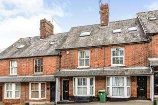 2 Bedrooms Terraced House for sale in Oak Terrace, Cranbrook Road, Hawkhurst, Cranbrook