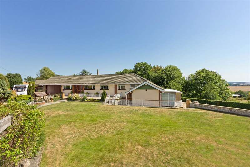 4 Bedrooms Detached House for sale in Telegraph Hill, Higham, Rochester