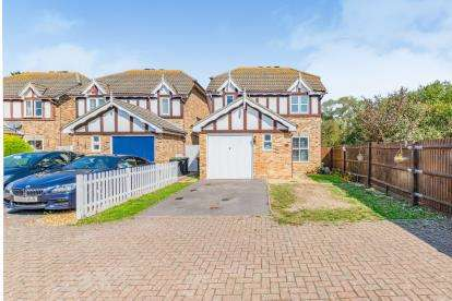 3 Bedrooms Detached House for sale in Elson, Gosport, Hampshire