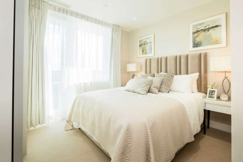 2 Bedrooms Apartment Flat for sale in Syon Apartment, Hounslow Central