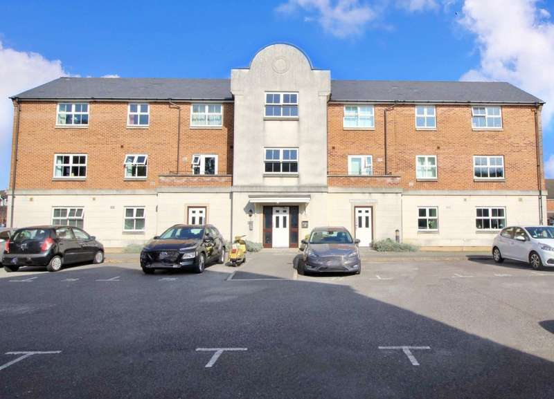 1 Bedroom Apartment Flat for sale in Southwick House, Cotton Road, Portsmouth, Hampshire, PO3