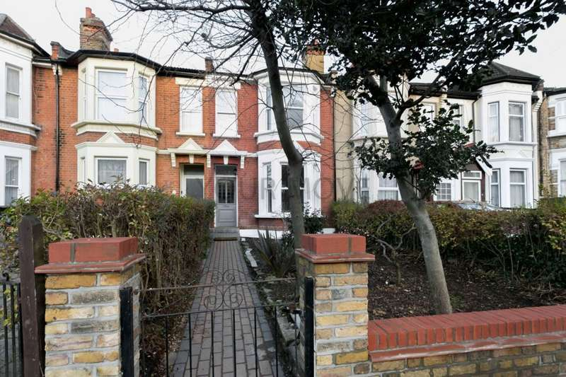 4 Bedrooms Property for rent in Queens Road, Leytonstone, London, E11