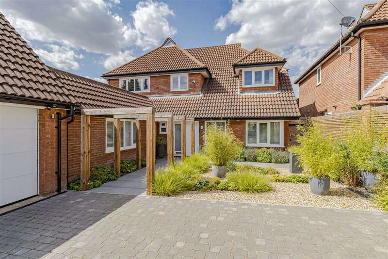 4 Bedrooms Detached House for sale in Hillside Road, Radlett, Hertfordshire