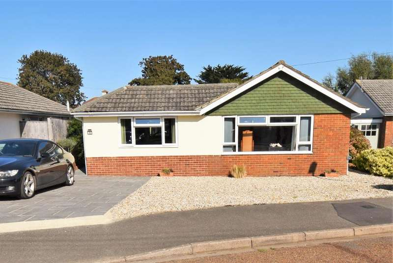3 Bedrooms Detached Bungalow for sale in Poplar Close, Bembridge, Isle of Wight, PO35 5TE