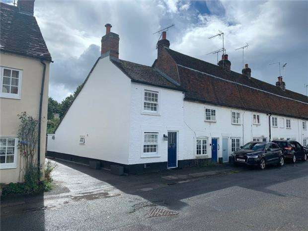 2 Bedrooms End Of Terrace House for sale in Church End, Redbourn, St. Albans