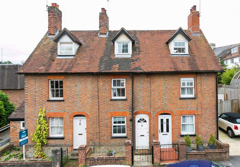 2 Bedrooms Terraced House for sale in Quakers Hall Lane, Sevenoaks