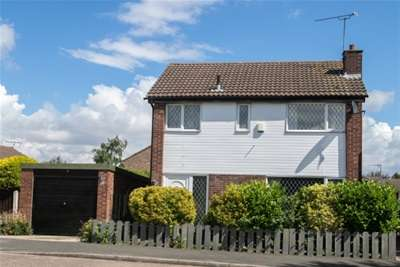 3 Bedrooms House for rent in Cartmel Walk, Dinnington, S25