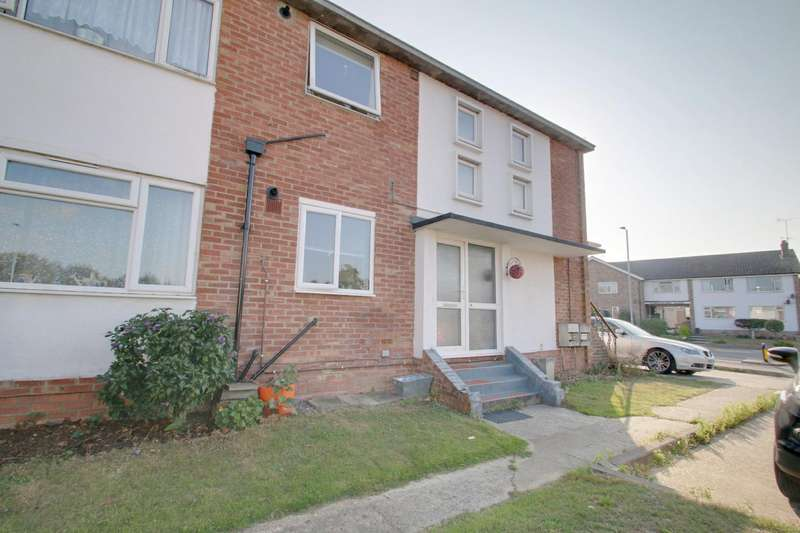 2 Bedrooms Maisonette Flat for sale in Holland Road, East Clacton