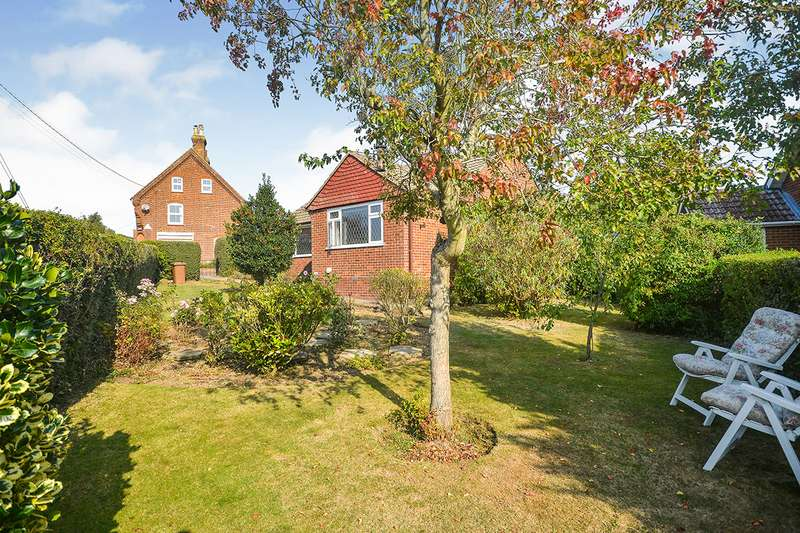2 Bedrooms Detached Bungalow for sale in Green Lane, Old Wives Lees, Canterbury, Kent, CT4