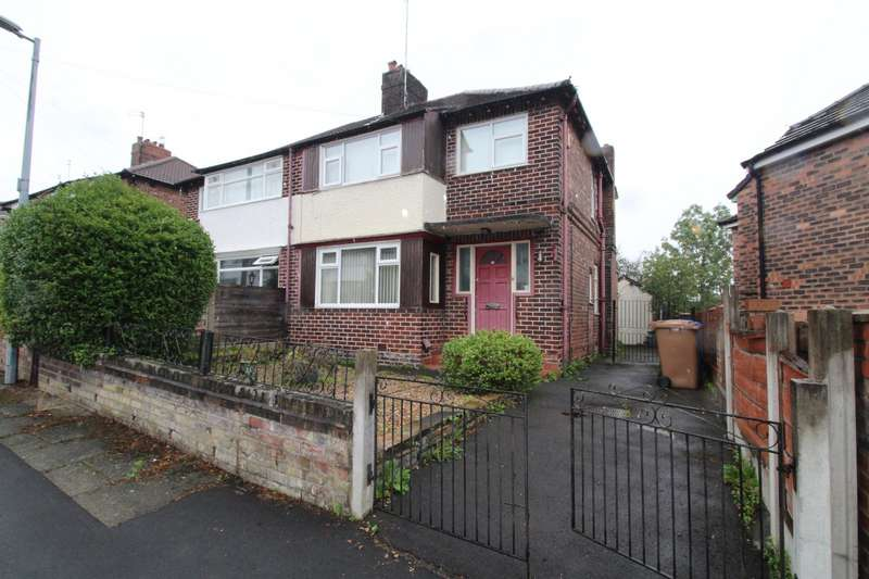 3 Bedrooms Semi Detached House for sale in Castleway, Salford, Greater Manchester, M6