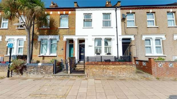 3 Bedrooms Terraced House for sale in London Road, Isleworth, Middlesex