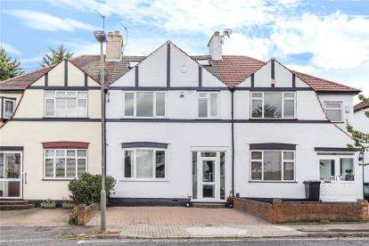 4 Bedrooms Terraced House for sale in Croft Avenue, West Wickham