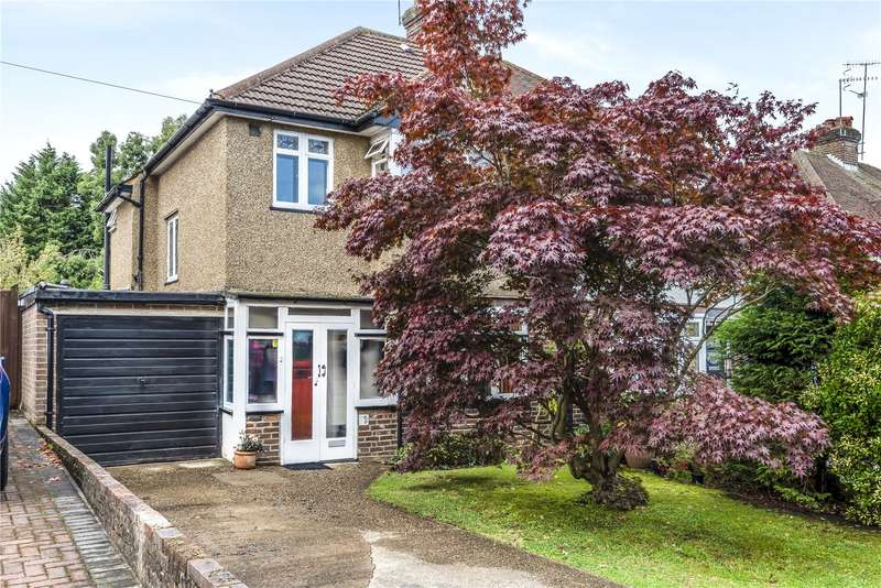 3 Bedrooms Semi Detached House for sale in Oaklands Avenue, Watford, United Kingdom, WD19