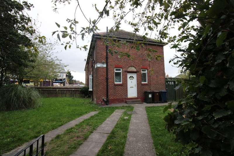 3 Bedrooms Semi Detached House for rent in Whickham View, Newcastle upon Tyne