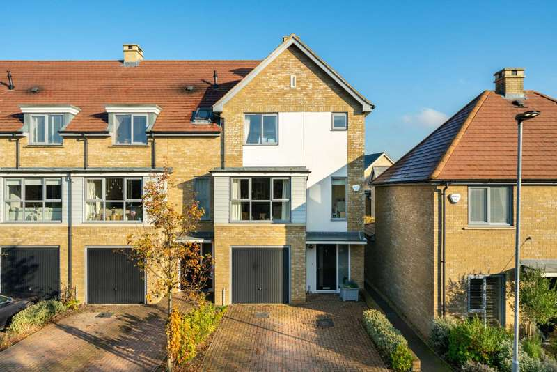4 Bedrooms House for sale in MODERN 4 BEDS, over 3 FLOORS, APPROX 1400 SQ FT