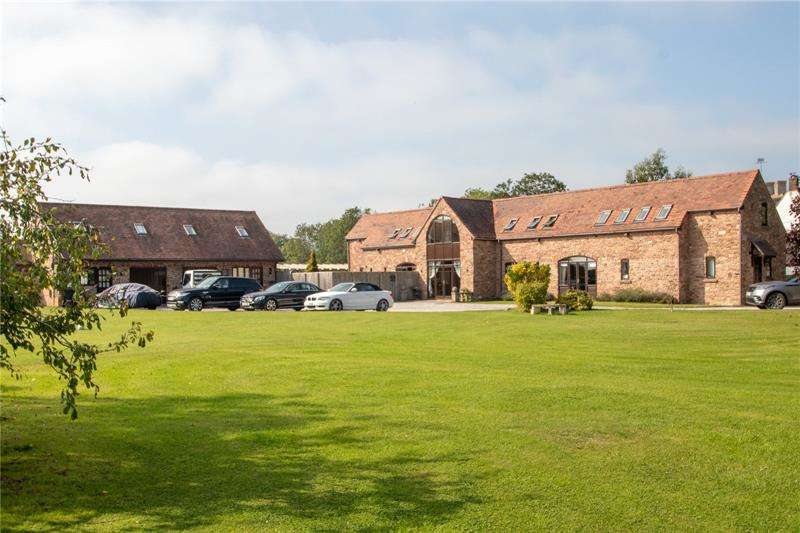 5 Bedrooms Detached House for sale in Elton, Newnham, Glos, GL14
