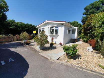 2 Bedrooms Mobile Home for sale in Dibden, Southampton, Hampshire