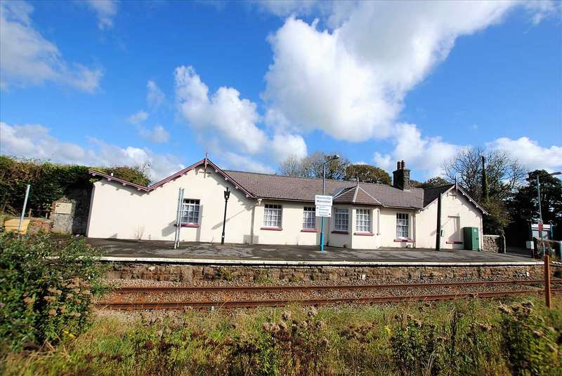 4 Bedrooms Detached Bungalow for sale in Station House, Manorbier