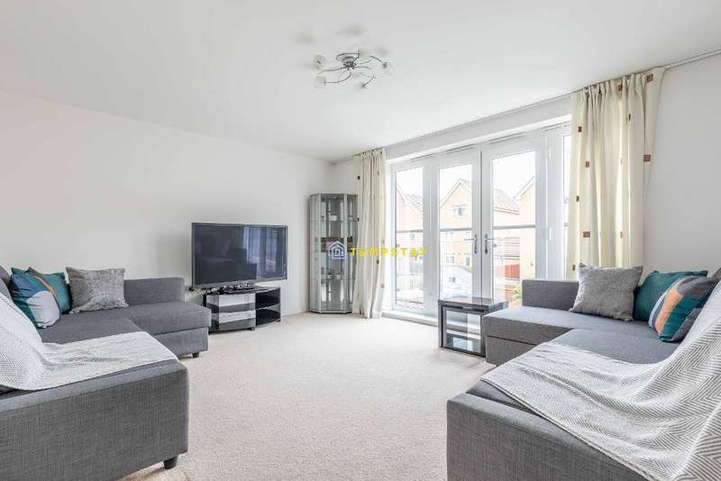 4 Bedrooms Terraced House for rent in Chadwick Road, Slough, SL3 7FT