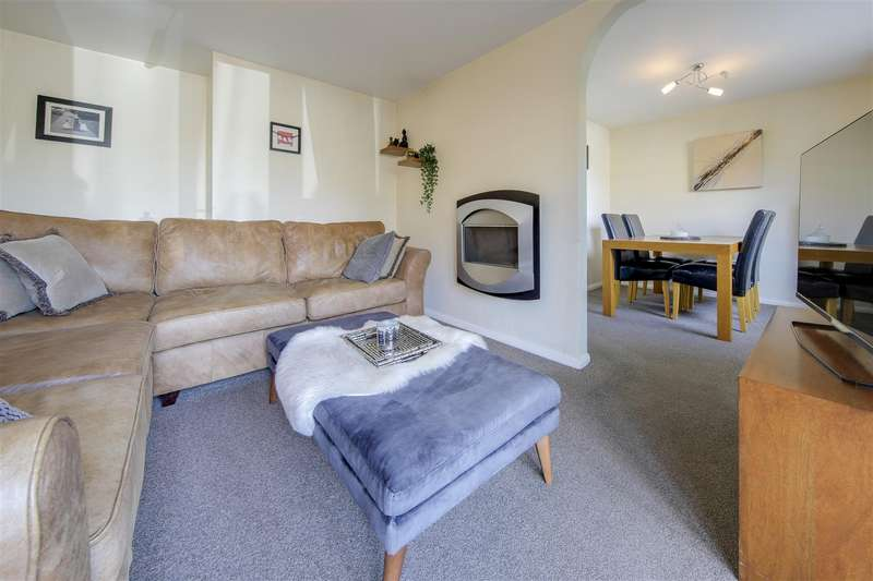 3 Bedrooms Semi Detached House for sale in Swinshaw Close, Loveclough, Rossendale