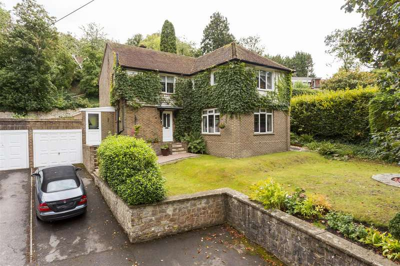 Detached House for sale in Loose