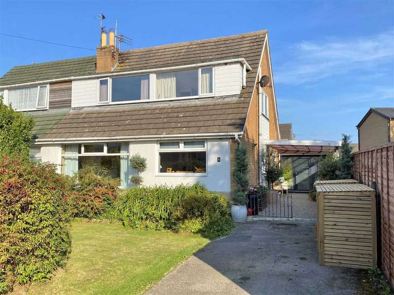 4 Bedrooms Semi Detached House for sale in Cheltenham Crescent, Lytham