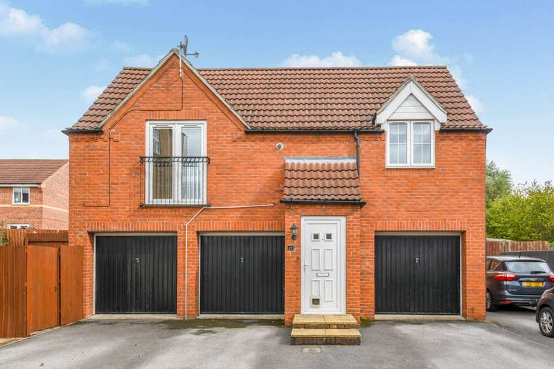 2 Bedrooms House for sale in Fulmen Close, Lincoln, Lincolnshire, LN1