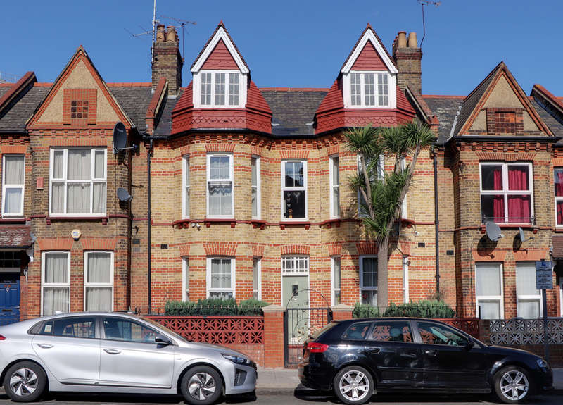 4 Bedrooms Terraced House for sale in Gladstone Avenue, Wood Green, London, N22