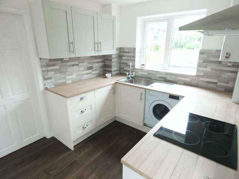 3 Bedrooms Detached House for sale in Middlegate Green, Rossendale, Lancashire, BB4