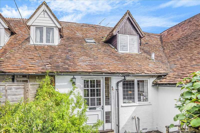 2 Bedrooms Terraced House for sale in Well Cottage, Newbury Street, Whitchurch