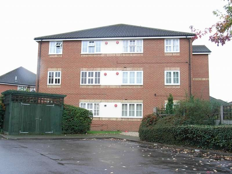 1 Bedroom Apartment Flat for sale in Dudley Close Chafford Hundred Grays