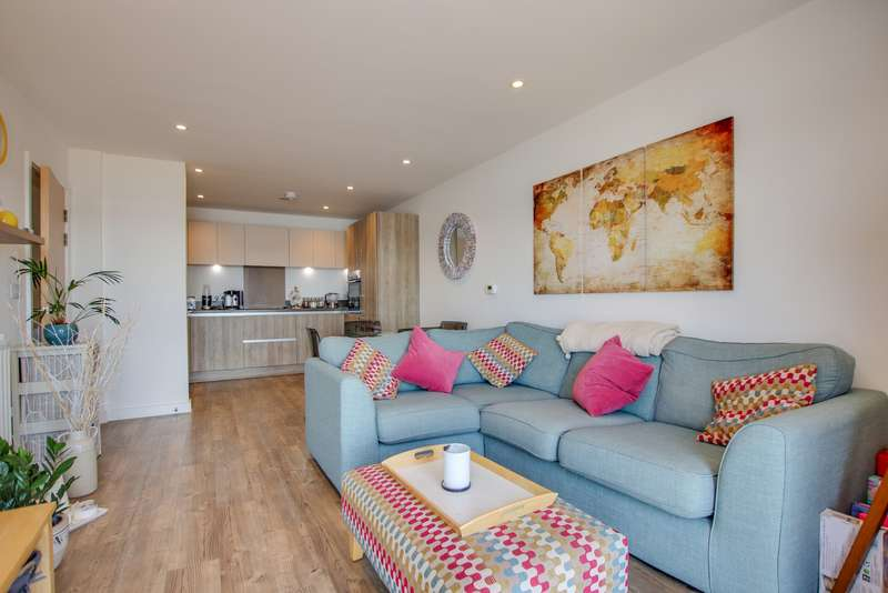 2 Bedrooms Apartment Flat for sale in Anson Place, Centenary Quay