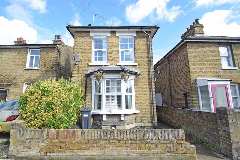 3 Bedrooms Detached House for sale in Linkfield Road, Isleworth Village